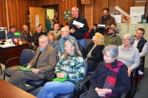 A standing-room only crowd attended the Pocahontas County Commission meeting on February 6 to provide comments on a proposed Commission letter in support of the Atlantic Coast Pipeline. Twelve local residents spoke against the letter of support. Three local residents, including one Dominion employee, spoke in favor of the letter of support. The Commission scheduled a second meeting to discuss and consider the letter on February 11.