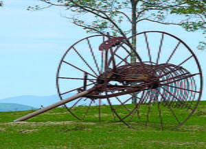 CELEBRATIONOF THE new year began in Babylon nearly 4,000 years ago. One of the most widespread resolutions was to return borrowed farm equipment. Photosource:www.piecedpastimes.blog spot.com